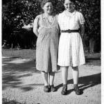 Clara (Miller) Reef (1899-1997) & niece Helen (Miller) Linn (1921-1967)