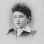 """Maria Rosina """"Sophia"""" Schinnerer (1871-1927) m. Herman Gunsett OR Elizabeth Schinnerer (1870-1951) m. John Scaer. (d/o Frederick Schinnerer & Elizabeth Schumm"""