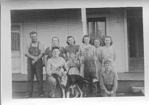 Carl Miller family, front: Herb, Anna Lou, Kenny, Vernie. Back: Carl, Gertrude, Ruth, Helen, Kate, Em.