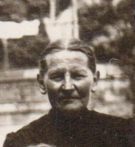 Regina (Rüeck) Gross (1866-1948)