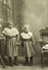 Rose & Emma Rueck.