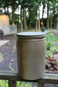Pickle Jar with lid (1)