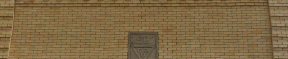 Knights of Pythias emblem above Willshire Home Furnishings.